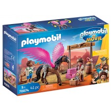 PLAYMOBIL: THE MOVIE Marla and Del with flying horse